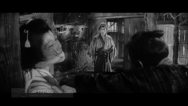 Three_Outlaw_Samurai_Criterion_01