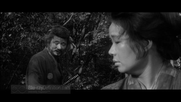 Three_Outlaw_Samurai_Criterion_10