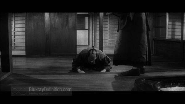 Three_Outlaw_Samurai_Criterion_20