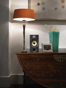 BowersWilkins-Black-686-wood-cabinet