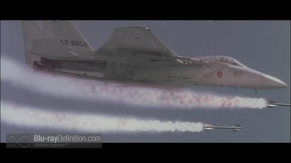 Godzilla-2000-BD_11