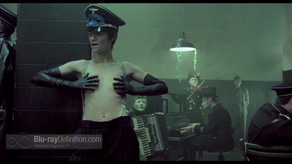 The-Night-Porter-Criterion-BD_18