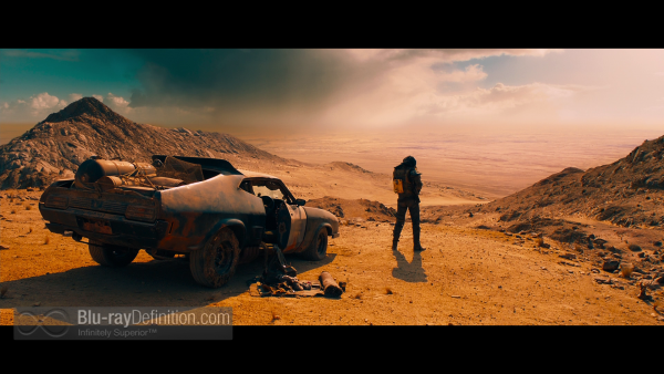 Mad-Max-Fury-Road-BD_01